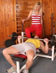 Bushy Vagina  Mom Gets It on with Her Fitness Instuctor
