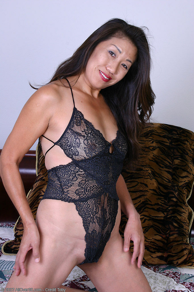 thick Older mature women black