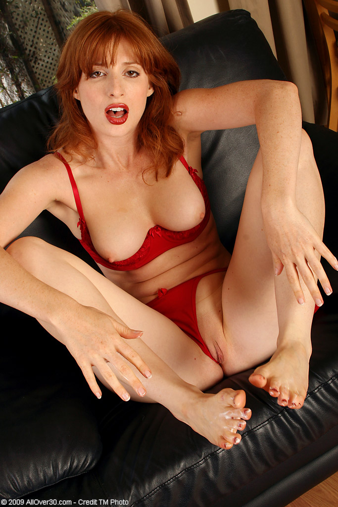 Redhead amber d gallery