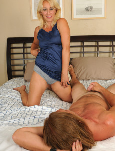 45 Year Old Andi from  Milfs30 Slips Her  Older Honey  Vulva over Hard Cock