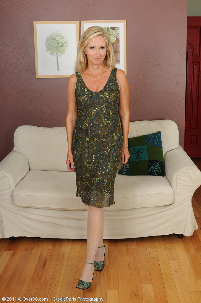 Hot  Blond Haired Annabelle Glides off Her Pantyhose Exposing Her Hot Body