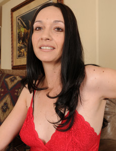 Super  Super Naughty 36 Year Old  Brown Haired Beth M Peels off Her Red Underwear to Opened Up