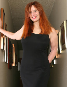 Redheaded  Cougar Breeze from  Milfs30 Displaying off Her  All  All  All Natural  Cootchie