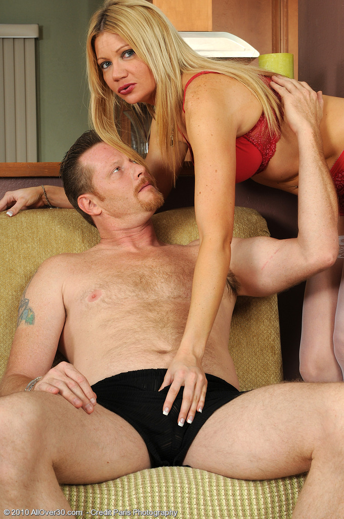 31 Year Old Christina Takes a Hard Rod Deep Inwards Her  Older  Cunt