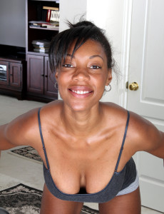 30 year old black cougar jayden from milfs30 does a nude workout