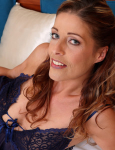 39 Year Old Linda Cain Shows off Her  Thin and Very  Nude Figure in Here