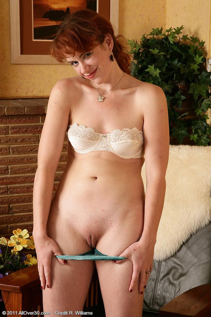 Порно фото женщин в бюстгальтере