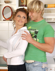 30 Year Old  Mom Mija from  Milfs30 Getting Her  Older  Vulva Rammed
