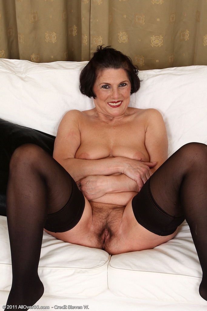 45 yr old mature suck my cock 7
