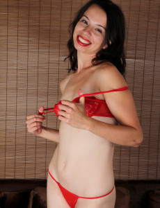 Thin  Mom Severine from  Milfs30 Railing Her Plastic  Dildo Like a Champ
