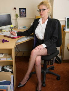 Blond Haired Taya Shows off Her Fat Boobs in These Office Photos