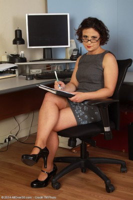 36 Year Old Anna P from  Milfs30 Opening Up Broad in Her Office