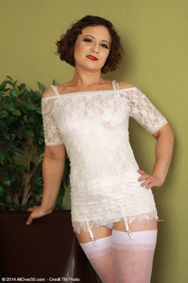 Hot Fur Covered Pussied 36 Year Old Anna P Posing Inwards Tight White Undies