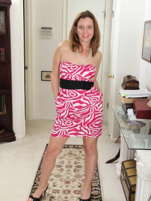 Sexy Plus Elegant Sally Jones Undresses Plus Opens Up Inside the Kitchen