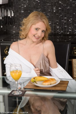 Puffy 45 Year Old Isabelle B from  Milfs30 Liking the Kitchen Counter