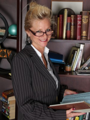 Watch  Blond 44 Year Old Heidi Gallo Open Up Her Gams Inside the Library