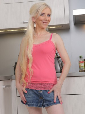 48 Year Old  Blond  Wife Dorena  Opens in Kitchen Counter