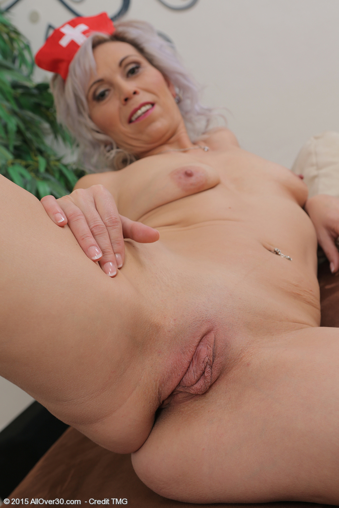 white old woman big pussy