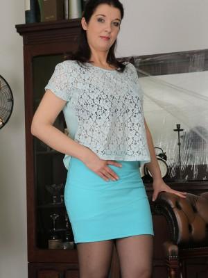Using Pantyhose Insatiable Fernanda Jerson Likes Her Blue Fake Penis