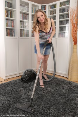Blond Haired and  Hot 33 Year Old Niky Devine Doing Some Bare Housework