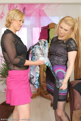 Lesbians Viktoria and Lu Berry with a Purple Massager