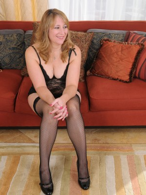 lounging in thigh tall ebony pantyhose with hammering catrina costa