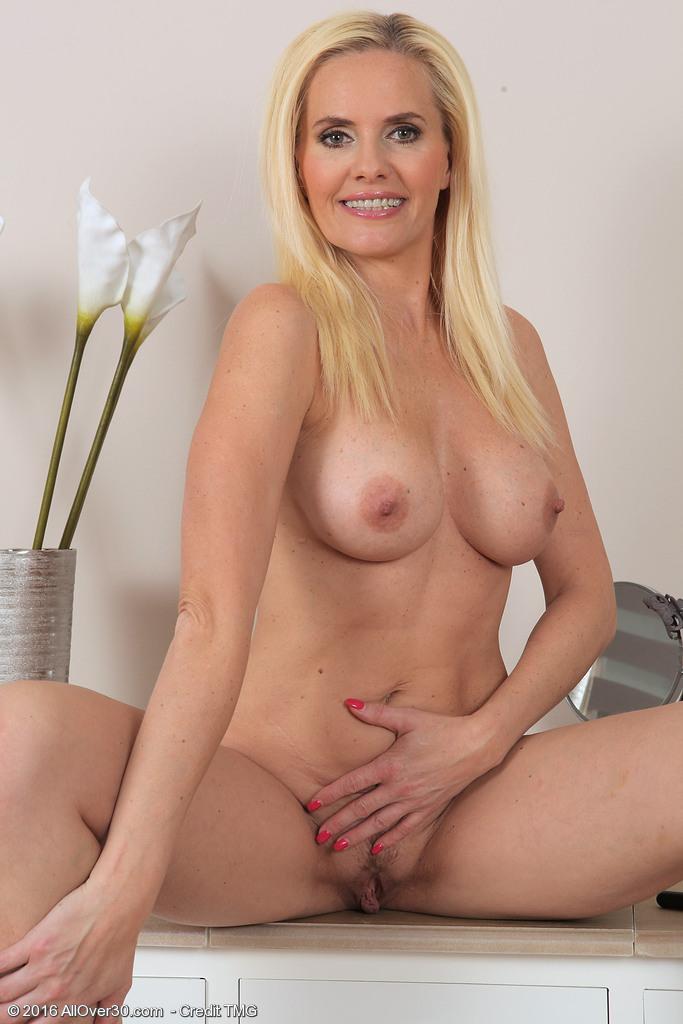 Kamilla porn pic free