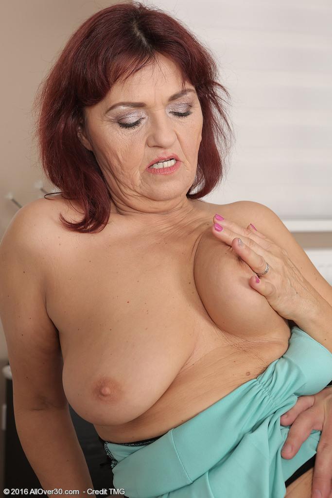 Hot old mom sex